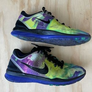 NIKE FREE 5.0 TR FIT - SIZE 8.5